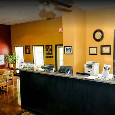 smith-chiropractic-front-desk